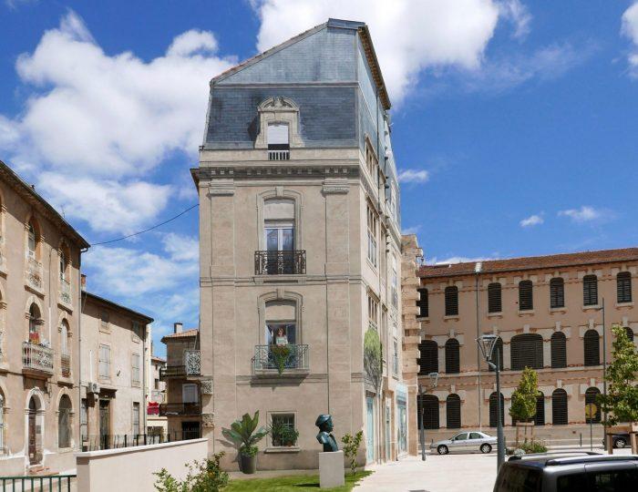 Place Antoine Emile Moulin - Arrière